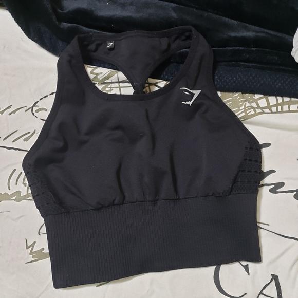 Gymshark sports bra size small,